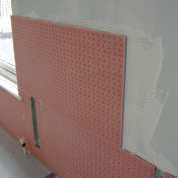 Insulating a cold exterior wall
